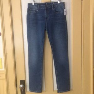 NWT Gap straight ankle jeans